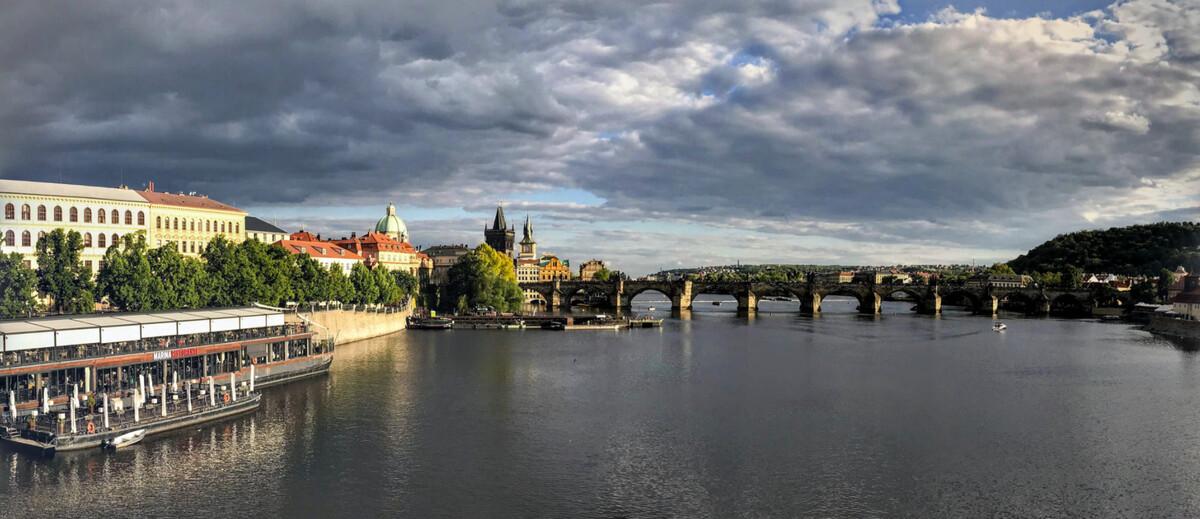 Prague (1).png