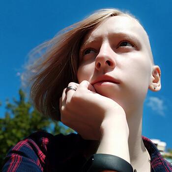 blog-parovoz-tv-nayro-art-interview-selfie.jpg